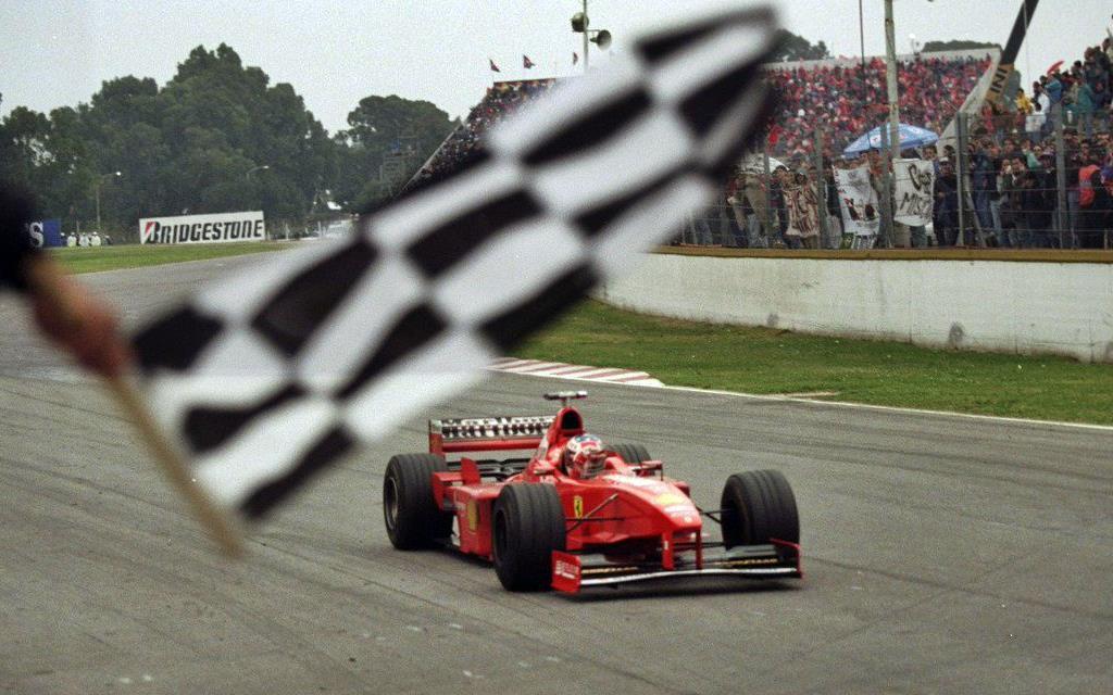 F.1: 7 cosas que aún se recuerdan del GP de Argentina de 1998