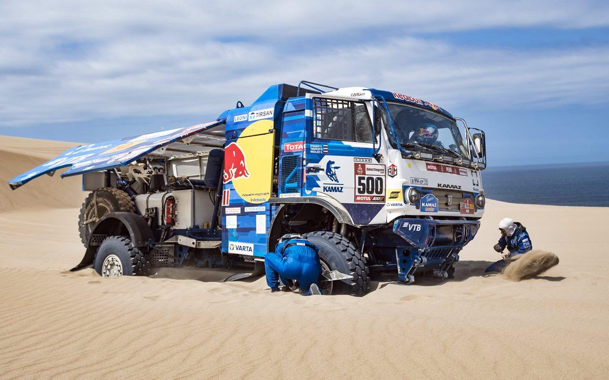 Camiones: Dmitry Sotnikov es nuevo puntero tras la mala suerte de Eduard Nikolaev