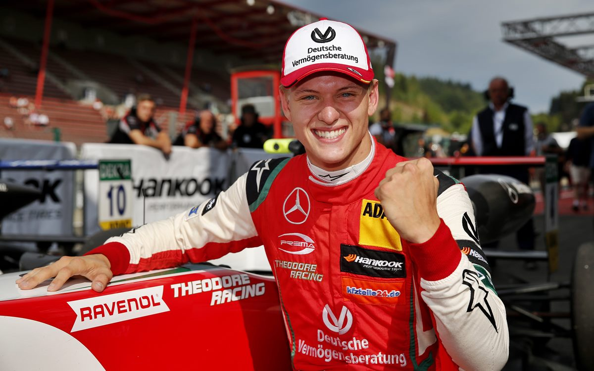 Mick Schumacher se suma a Ferrari