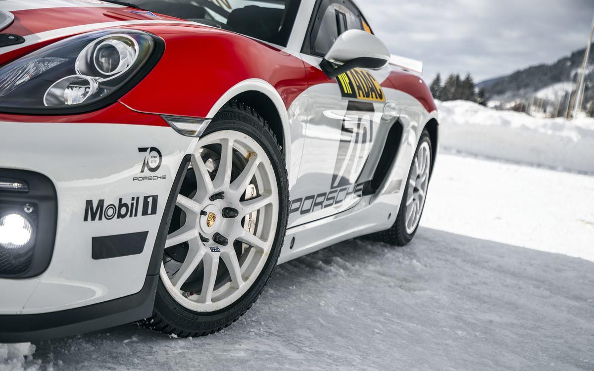 Porsche vuelve al rally con el Porsche 718 Cayman GT4 Clubsport