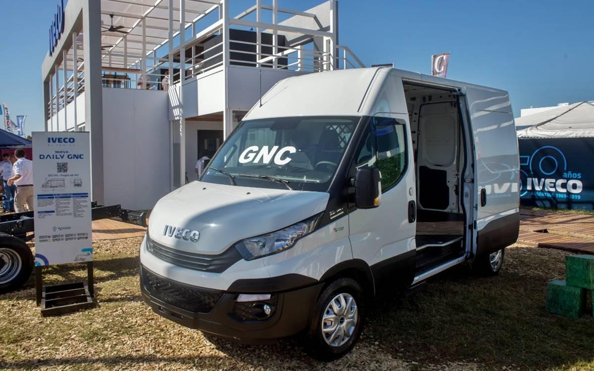 IVECO Argentina presentó su gama Natural Power a GNC