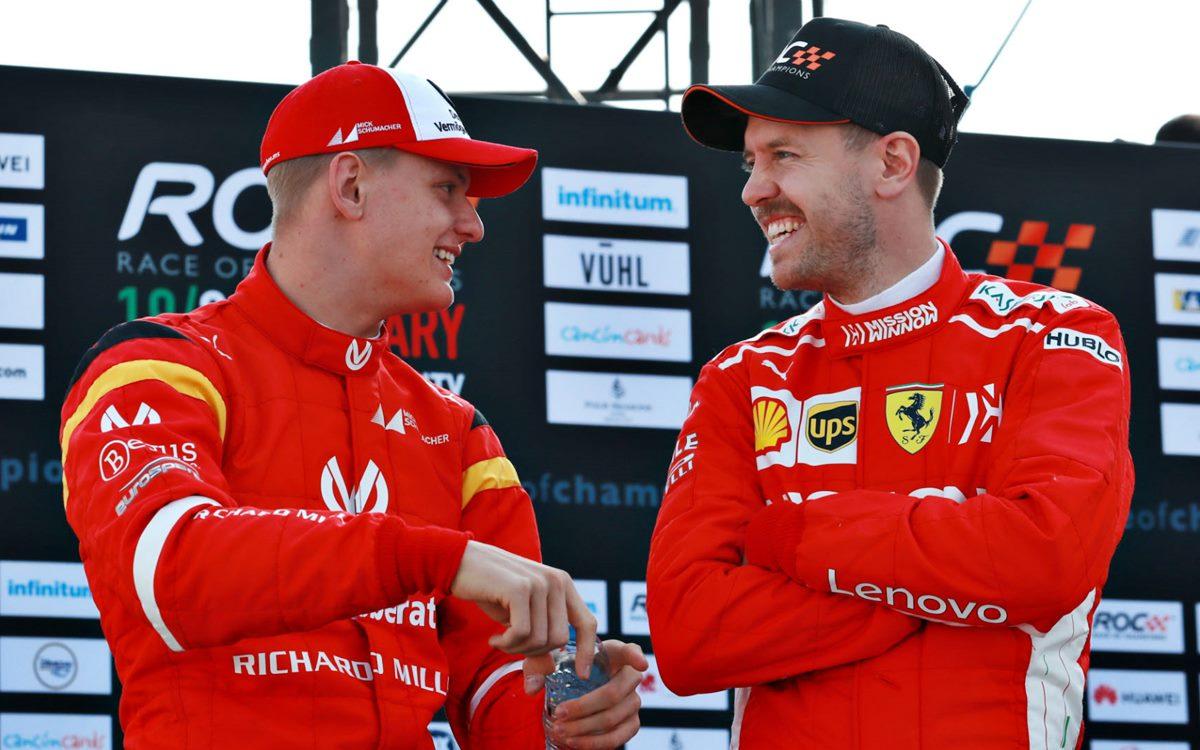 Sebastian Vettel le ofreció su experiencia a Mick Schumacher