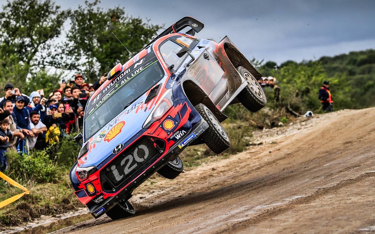 Thierry Neuville gana el Rally de Argentina y sueña con ser campeón