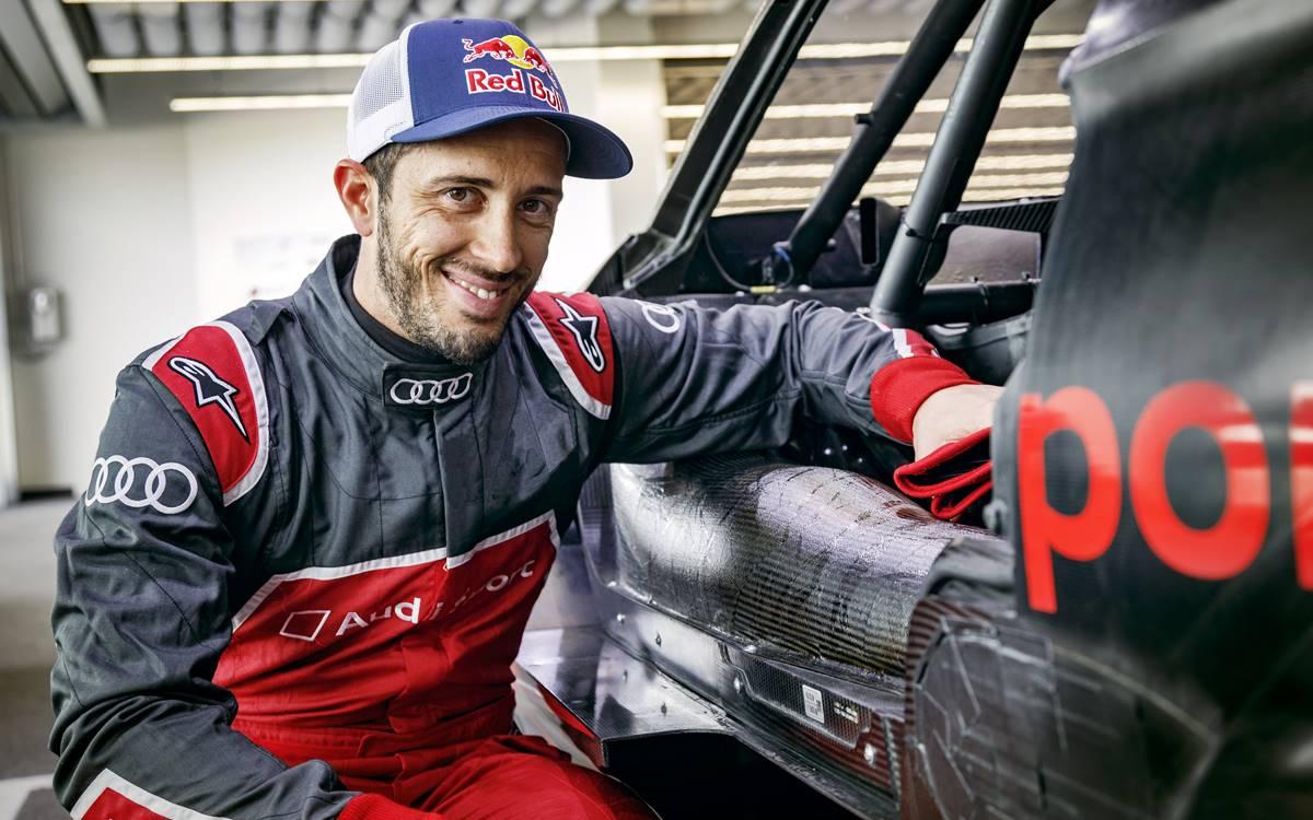 Andrea Dovizioso cambia su Ducati de MotoGP por un Audi de DTM