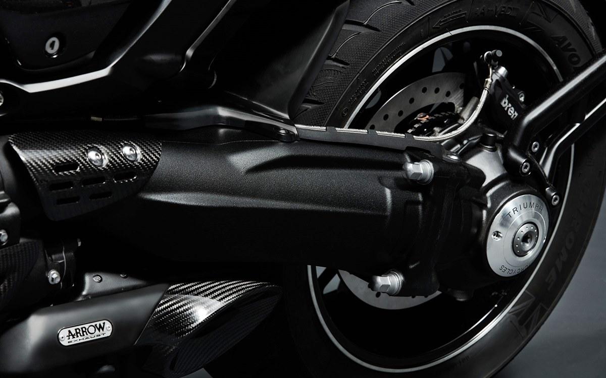 Triumph Rocket 3 TFC: Una bestia de 170 CV