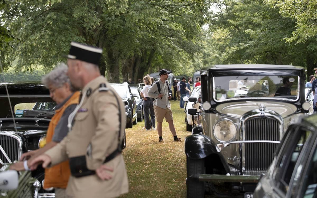 Citroën celebró su centenario con otro multitudinario evento en París