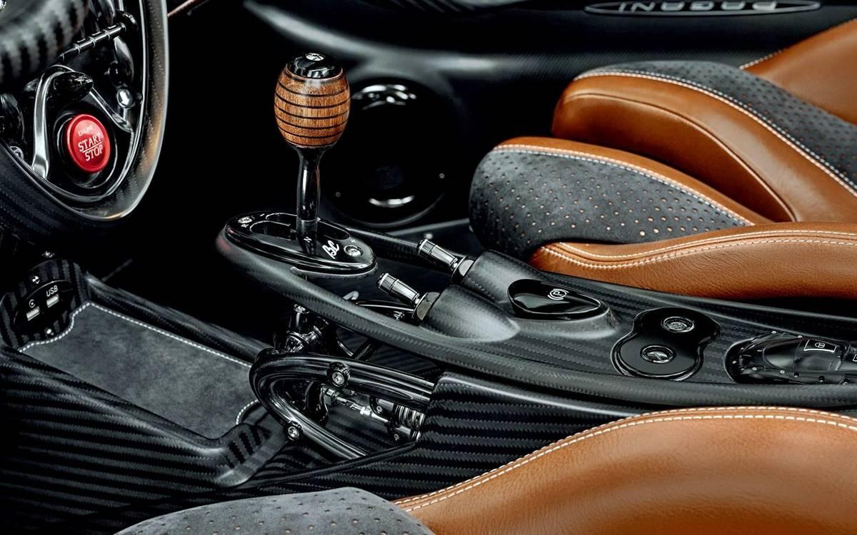 Pagani Huayra Roadster BC: El poderoso descapotable de los 3.2 millones de euros