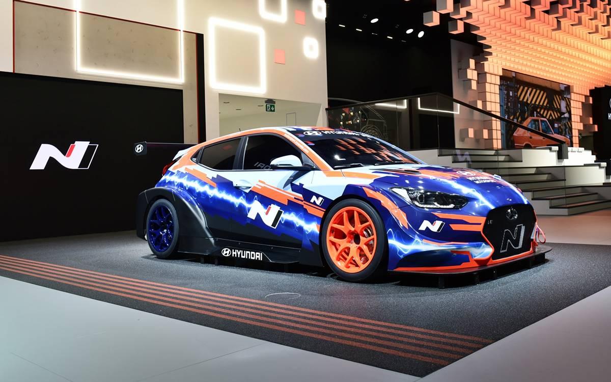 Hyundai Veloster N ETCR: El primer auto de carreras eléctrico de la marca coreana