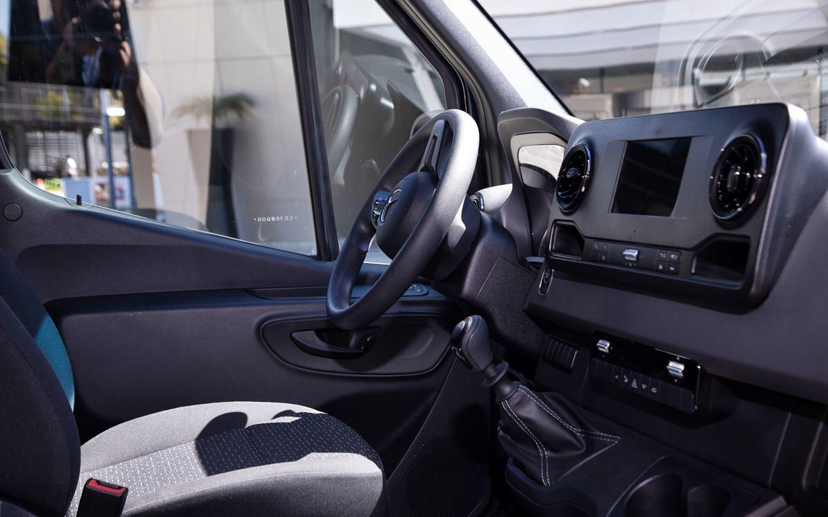 Mercedes-Benz Sprinter: Renovación con más tecnología y confort