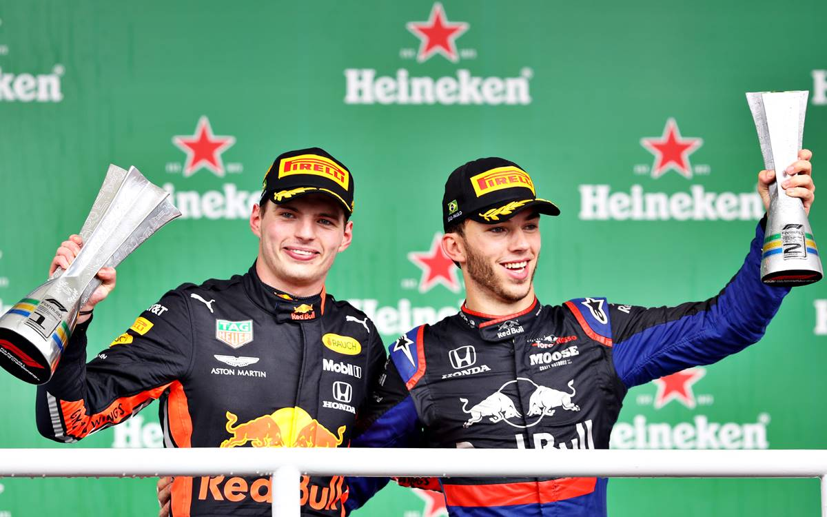 Max Verstappen y Pierre Gasly