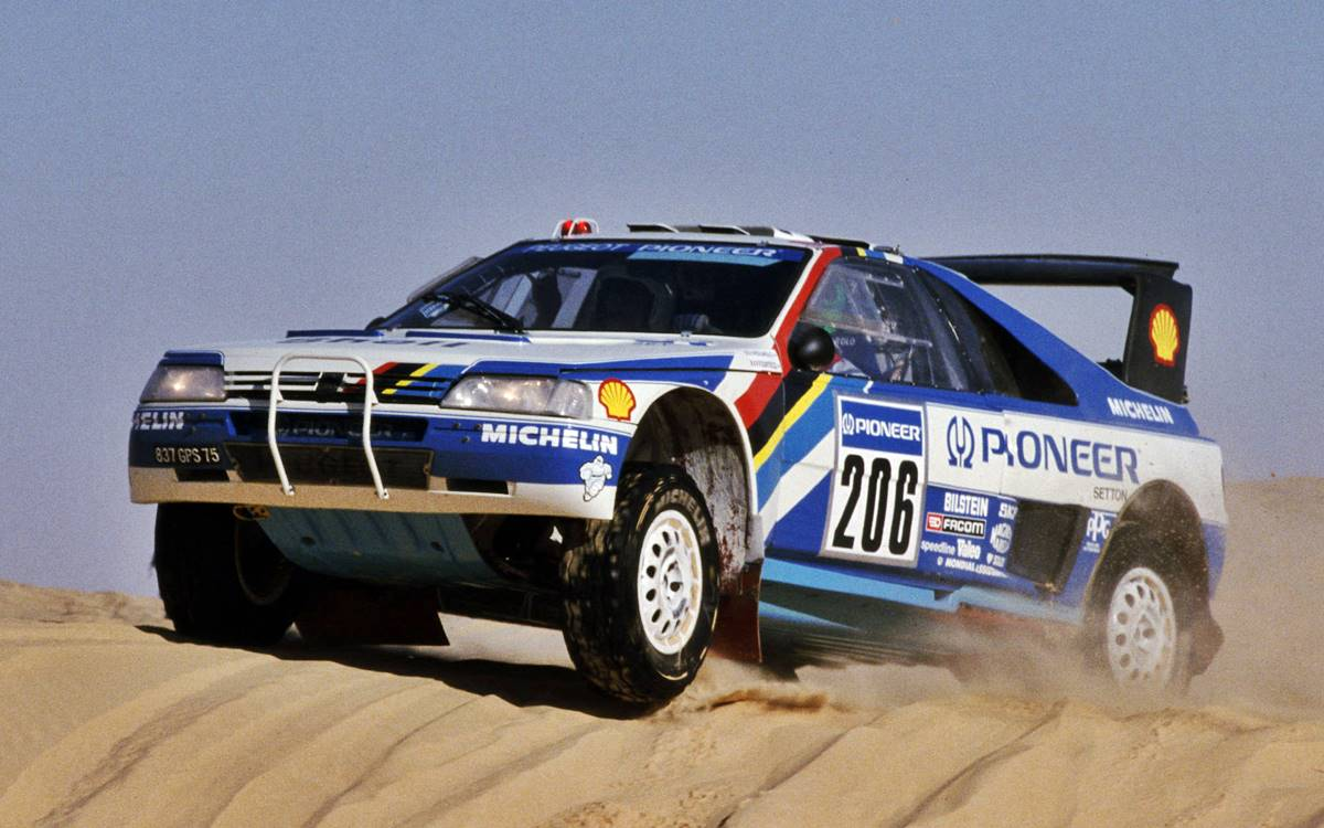 Peugeot 406 T16 Dakar