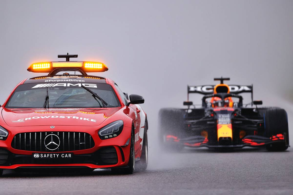 Papelón histórico! La Fórmula 1 no pudo contra la lluvia en Bélgica